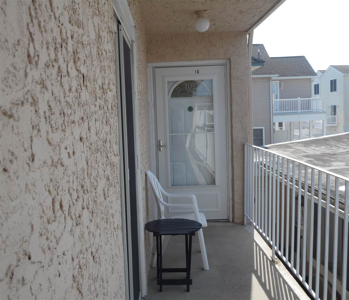 5407 PACIFIC AVE, Wildwood Crest, NJ 08260