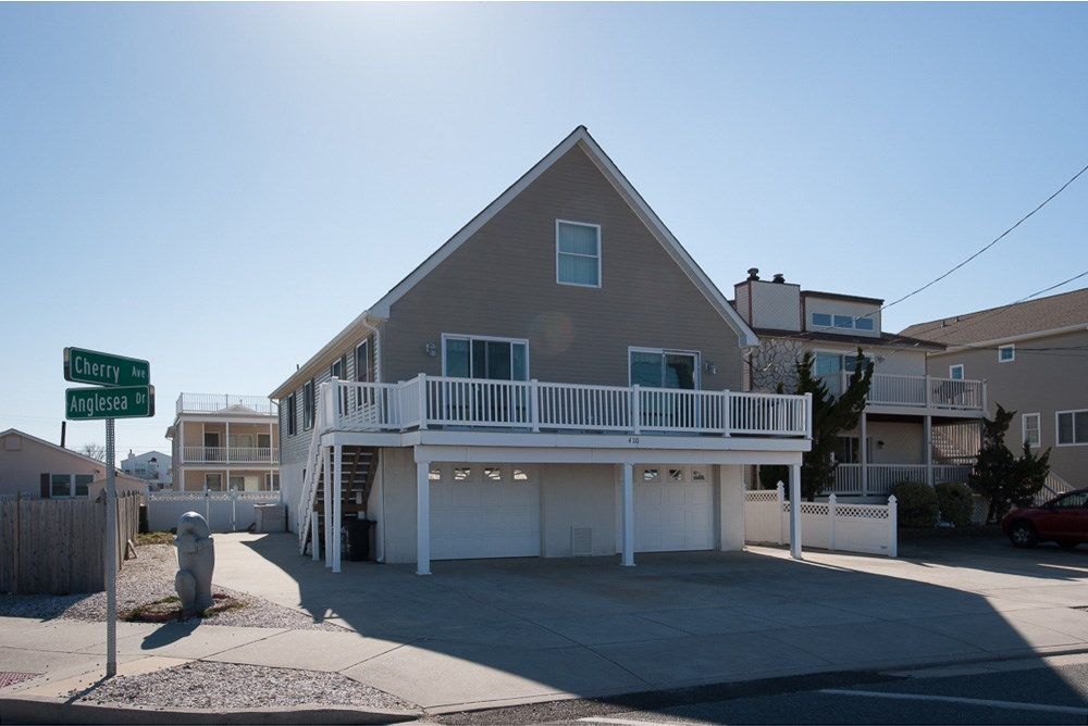 420 W Cherry, North Wildwood, NJ 08260