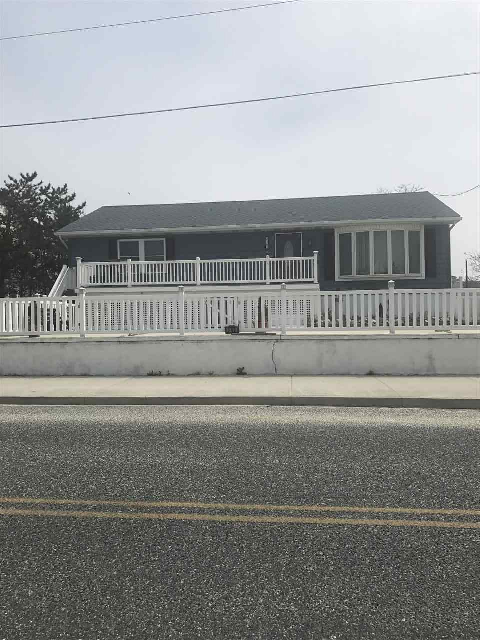 305 Beach, North Cape May, NJ 08204