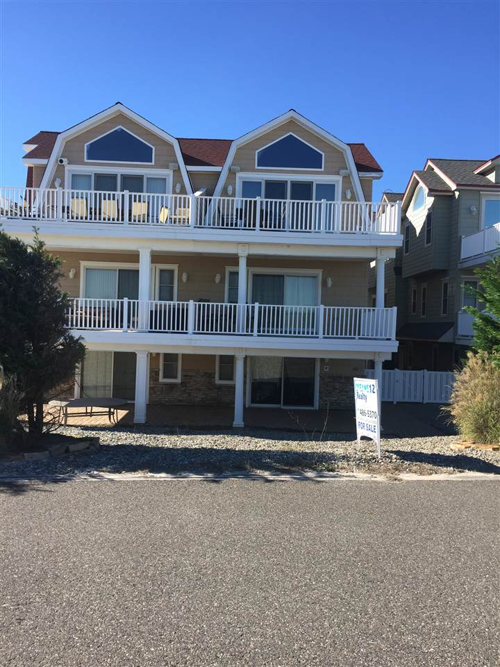 3212 Boardwalk, Sea Isle City, NJ 08243
