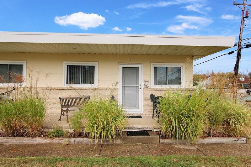 7906 Pacific, Wildwood Crest, NJ 08260