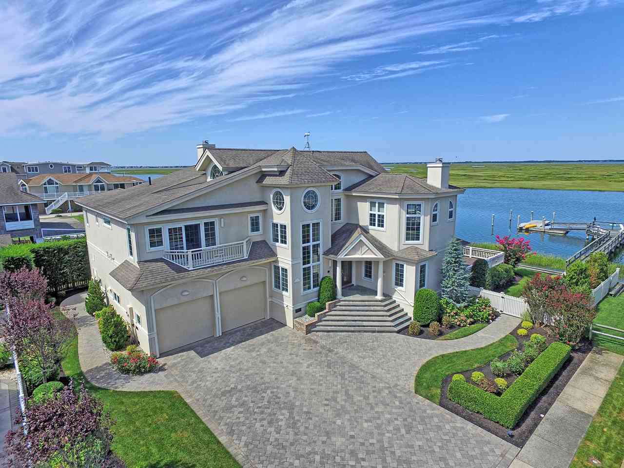 26 and 36 W 32nd Streey, Avalon, NJ 08202