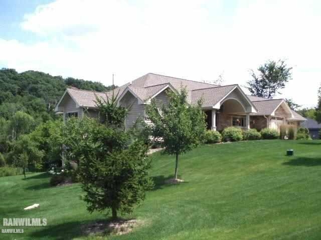 2 Long Creek Ln., Galena, IL 61036