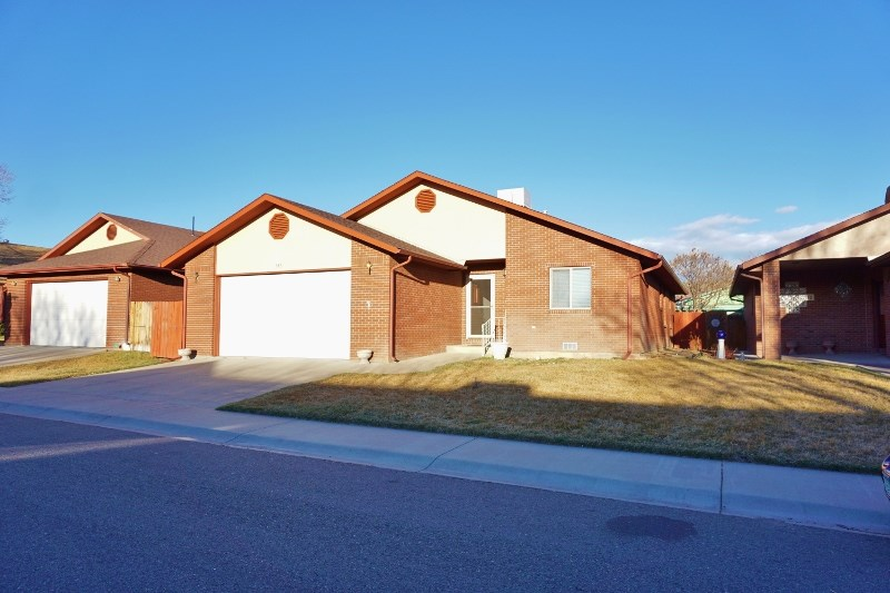 586 E Greenfield Circle, Grand Junction, CO 81504