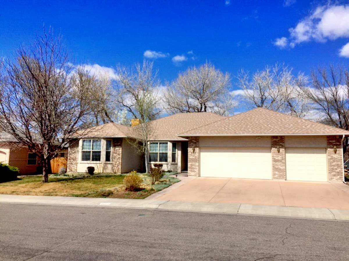 688 Moonridge Circle, Grand Junction, CO 81505