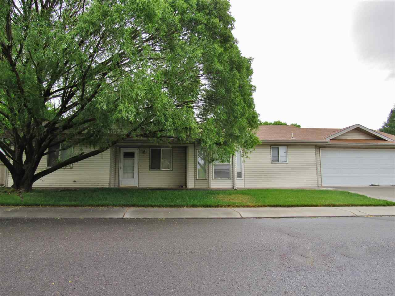 582 W Greenfield Circle, Grand Junction, CO 81504