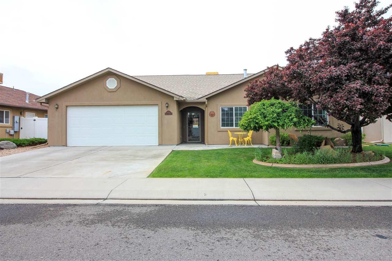 3019 Oakwood Drive, Grand Junction, CO 81504