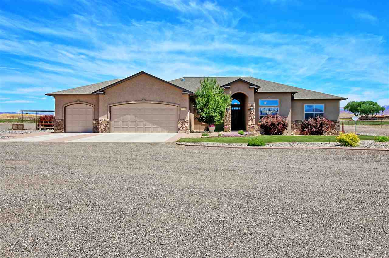1596 Cattle Drive, Loma, CO 81524