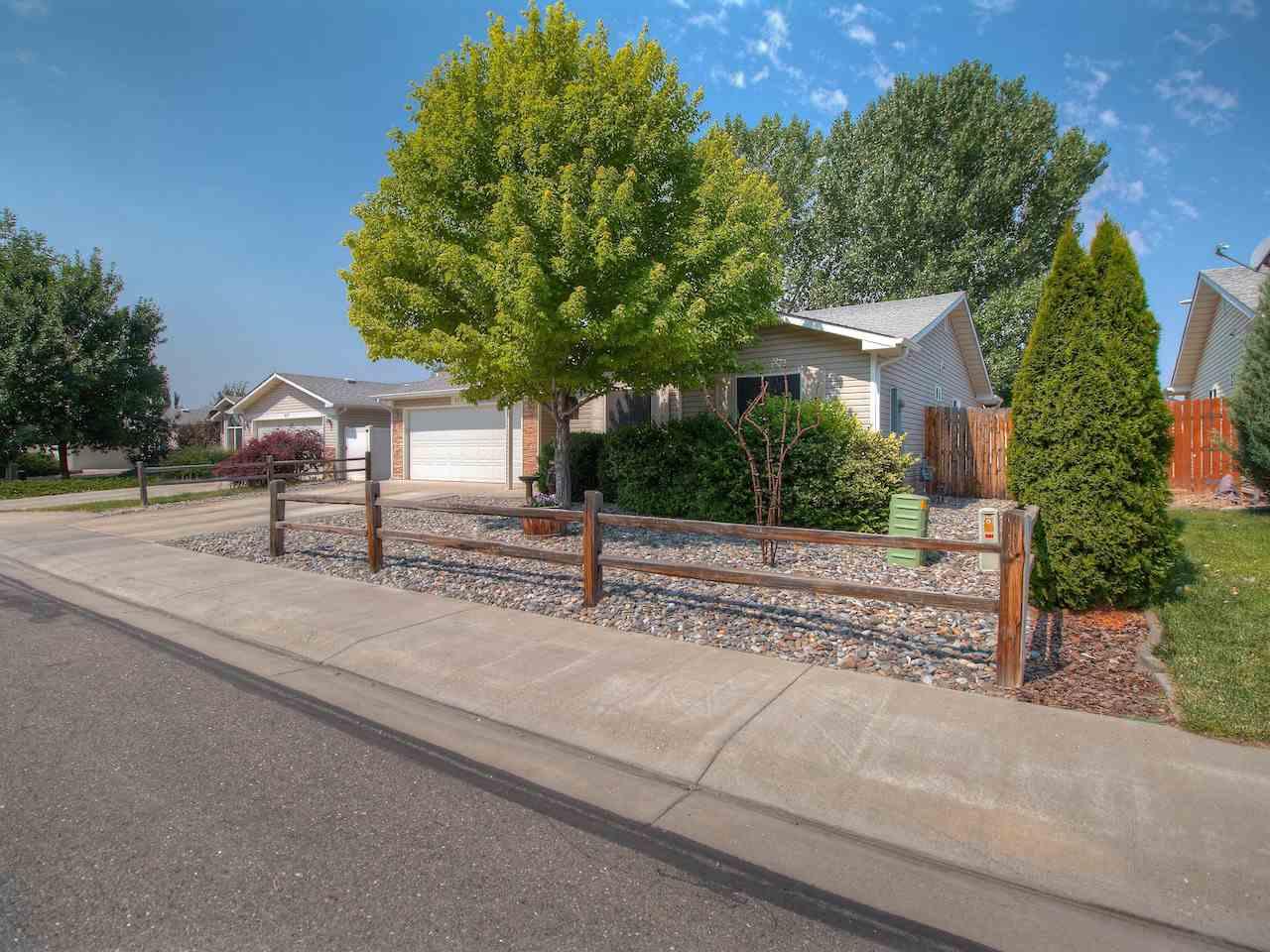 469 Larrys Meadow Drive, Grand Junction, CO 81504