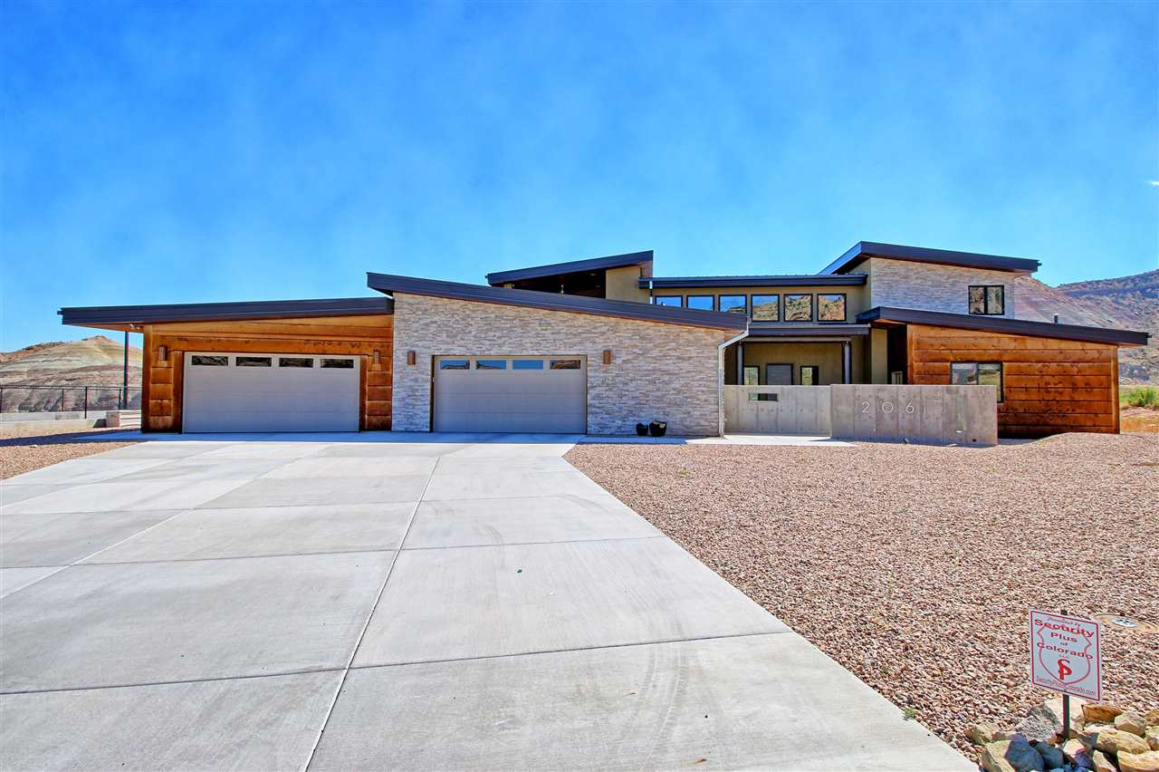 206 Red Sand Road, Grand Junction, CO 81507