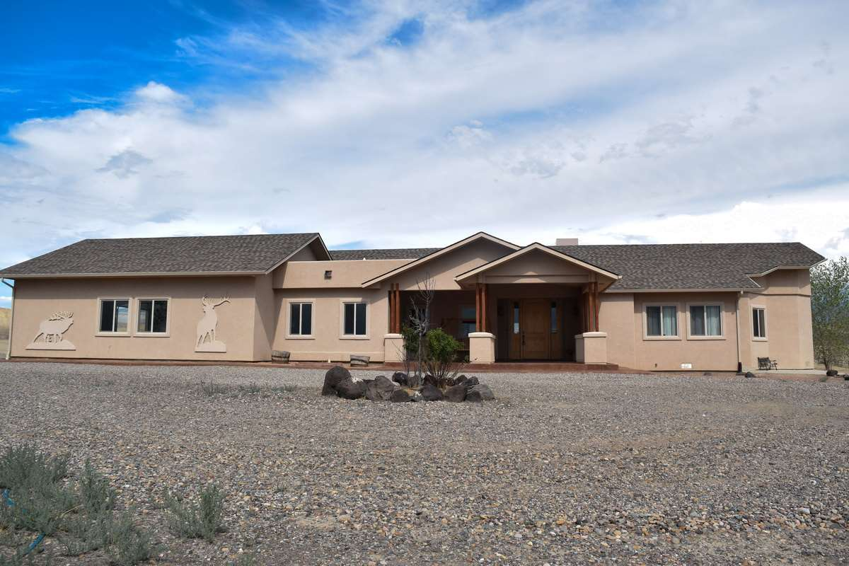 871 Los Broncos Court, Whitewater, CO 81527