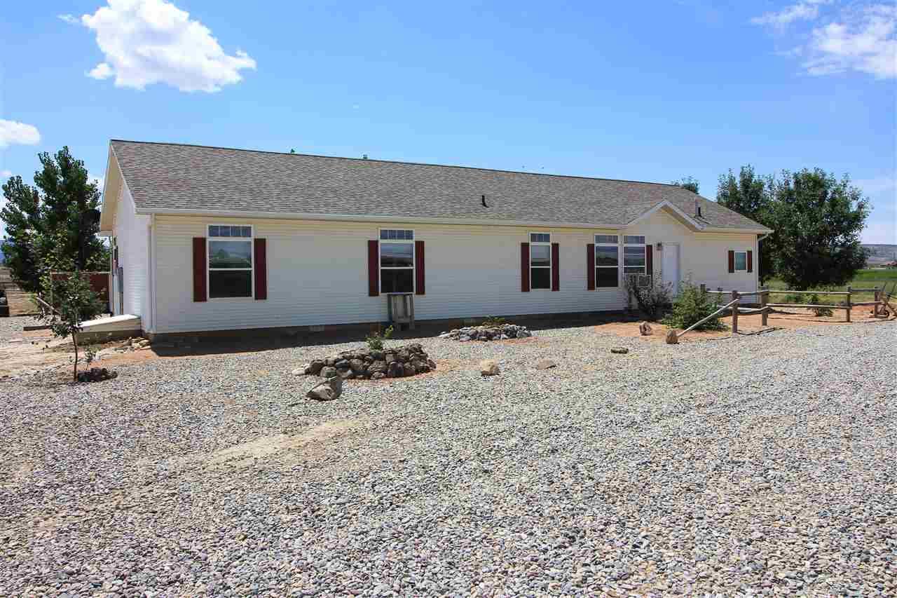 1461 14 Road, Loma, CO 81524