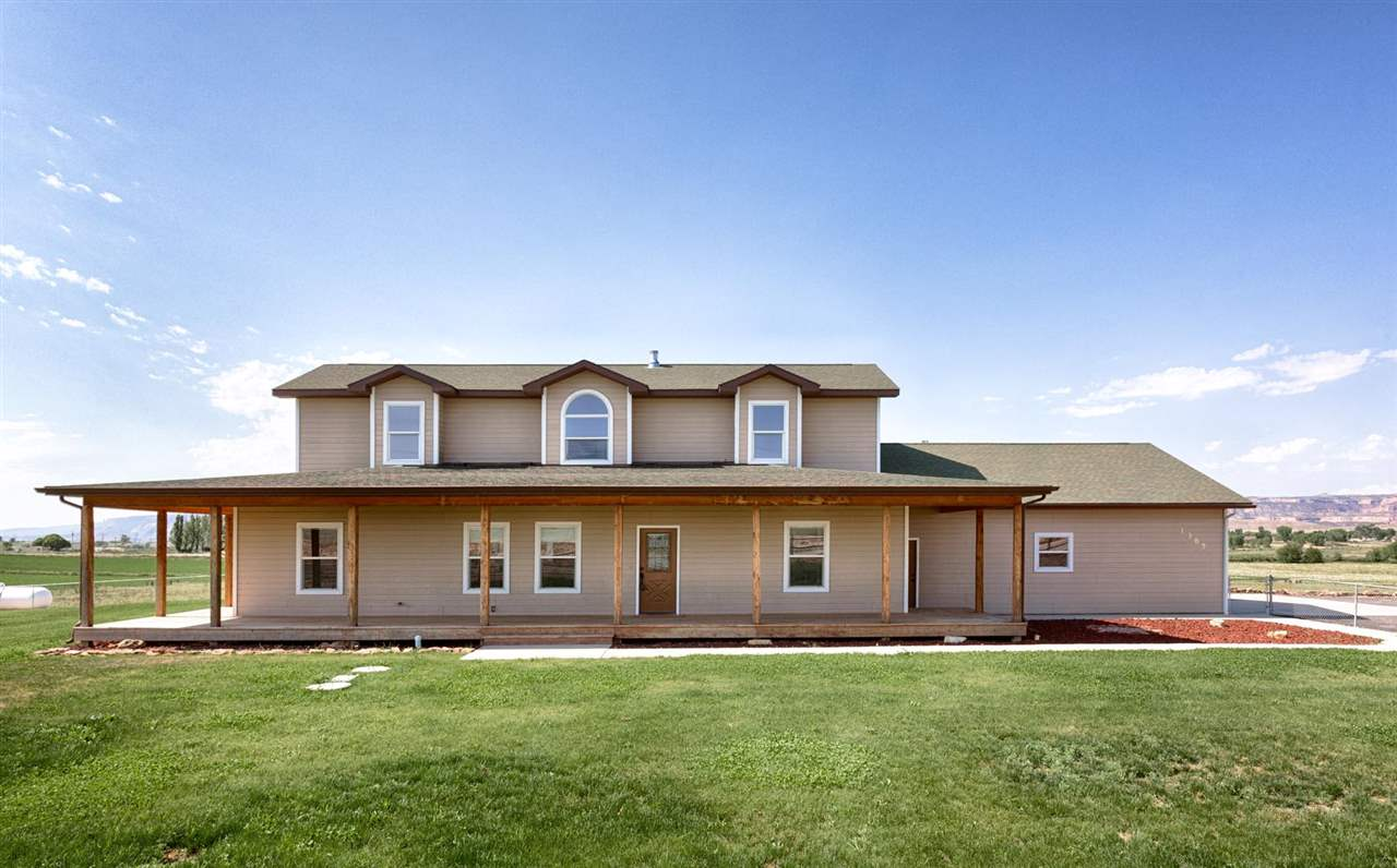 1385 N Road, Loma, CO 81524
