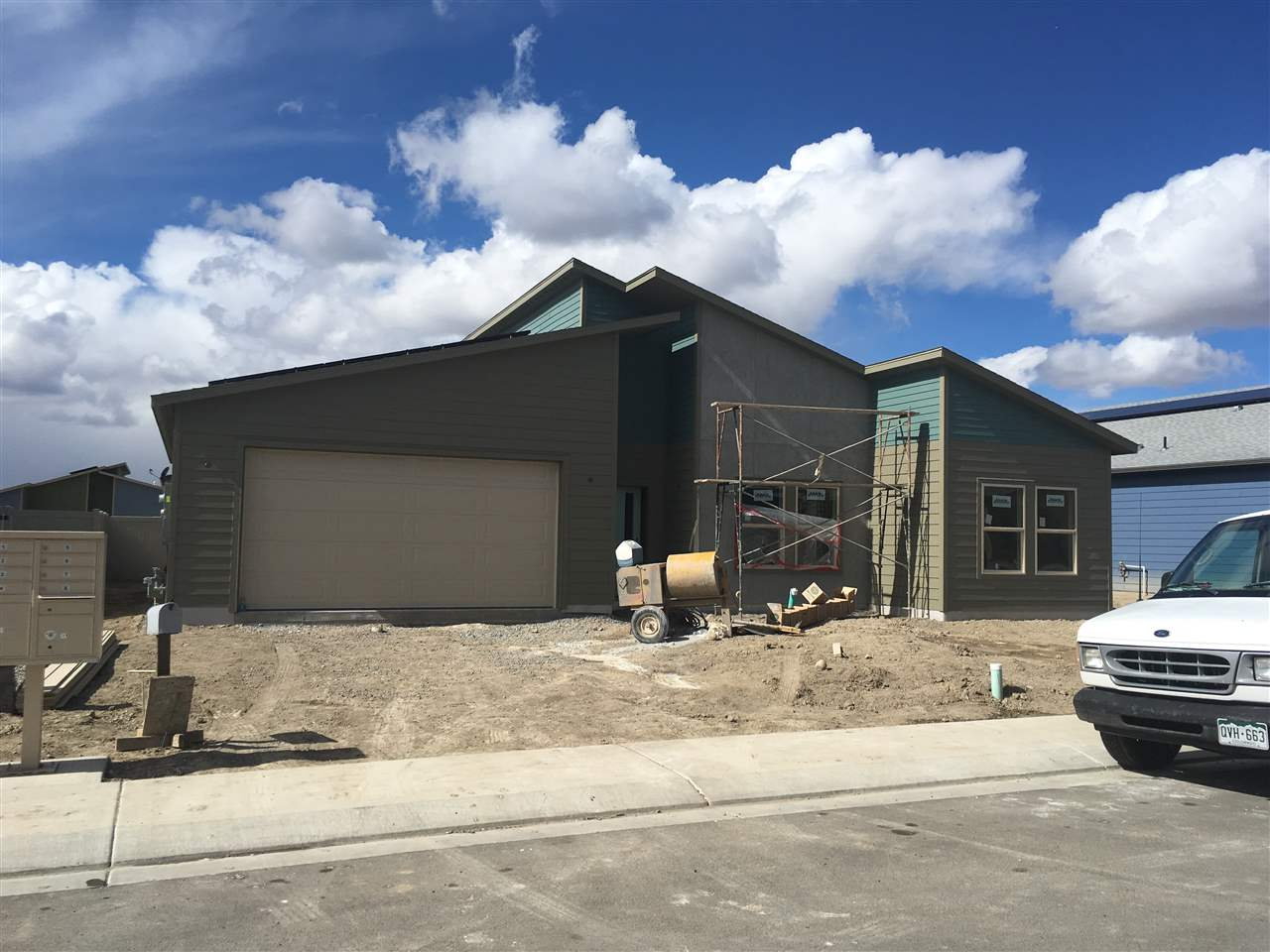 391 White River Drive, Grand Junction, CO 81504