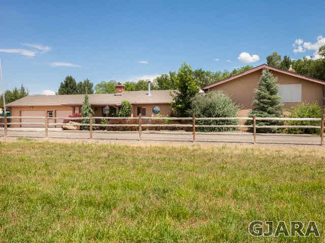 560 33 3/4 Road, Clifton, CO 81520