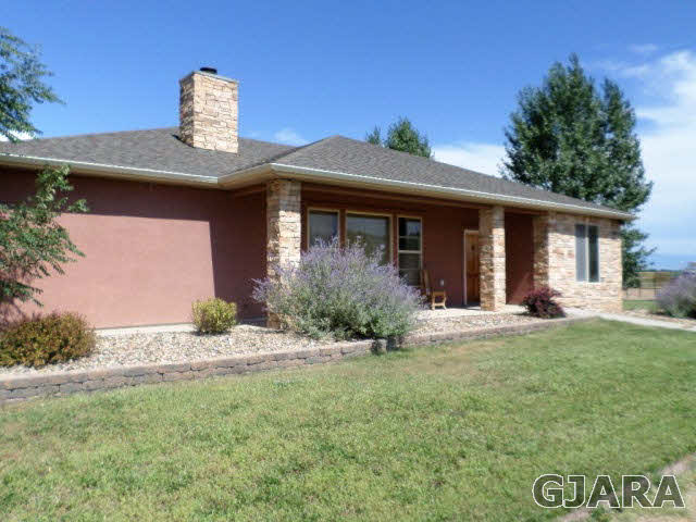 1252 13 1/2 Road, Loma, CO 81524