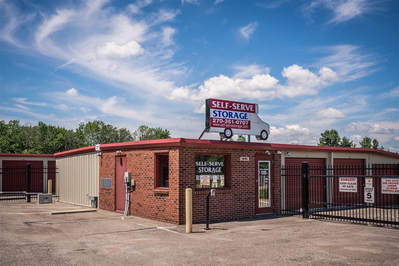 1295 S Dixie Boulevard, RADCLIFF, KY 40160
