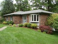 511 Pinewood Drive, RADCLIFF, KY 40160