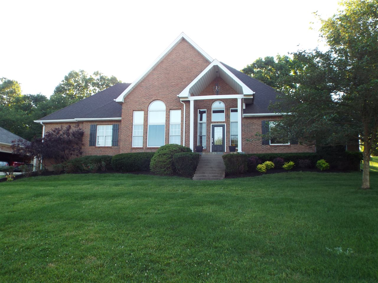 721 Freeman Lake Road, ELIZABETHTOWN, KY 42701