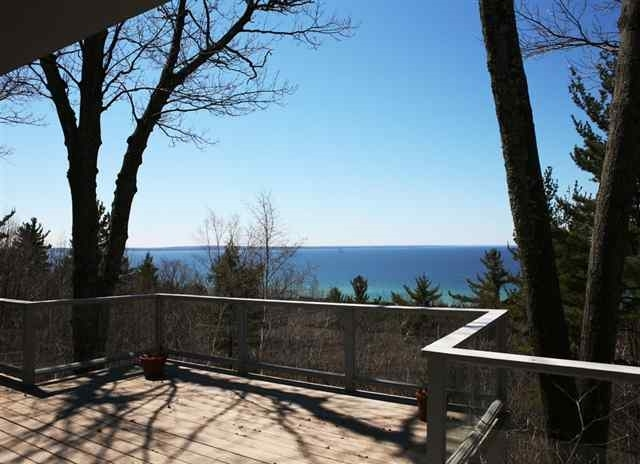 5018 Seven Mile Point Ridge Drive, Harbor Springs, MI 49740