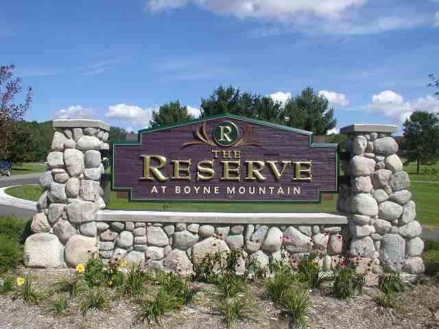 16 Reserve Drive, Boyne Falls, MI 49713