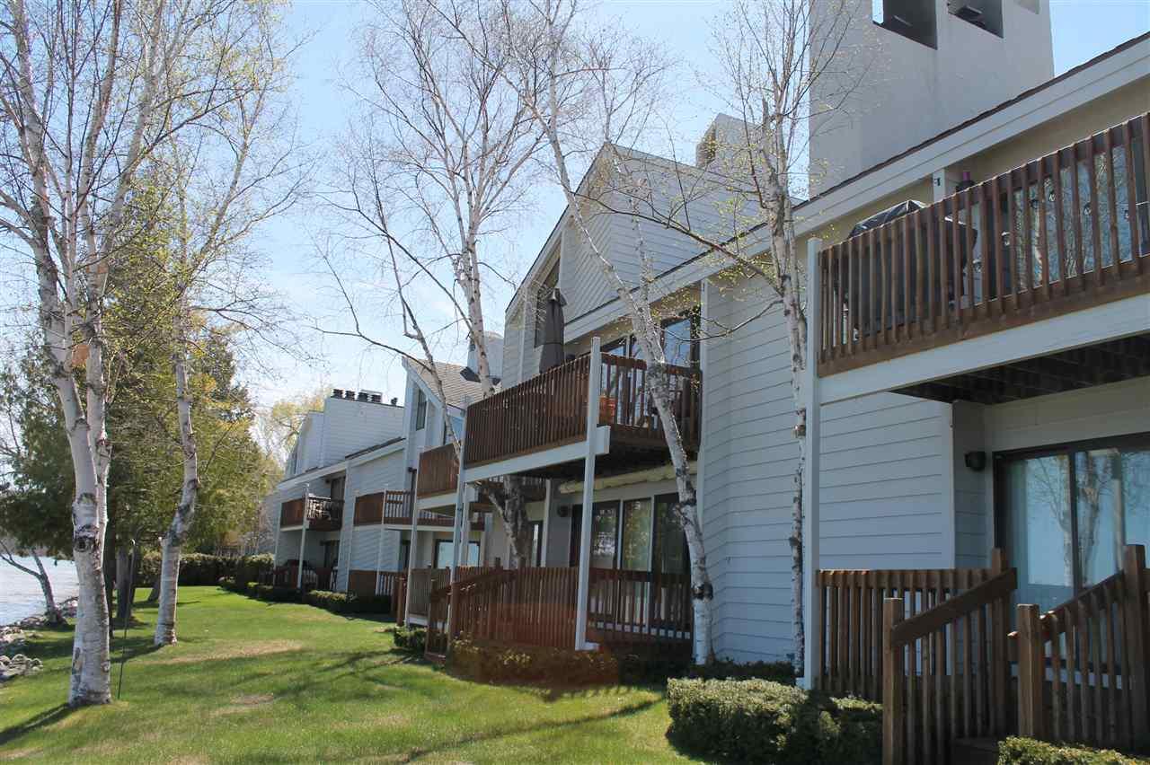 3480 Lakeside Drive North, Petoskey, MI 49770