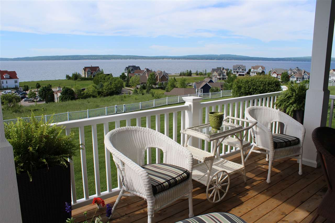 3564 Cliffs Drive, Bay Harbor, MI 49770