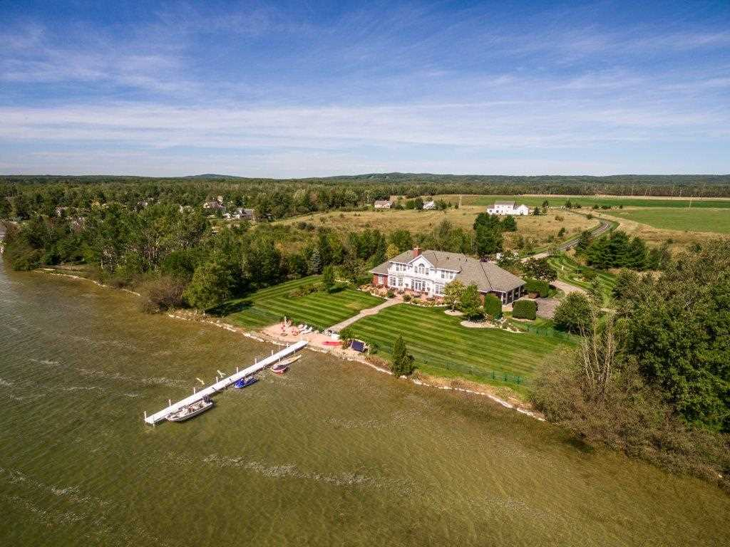 4292 Powell Rd., Harbor Springs, MI 49740
