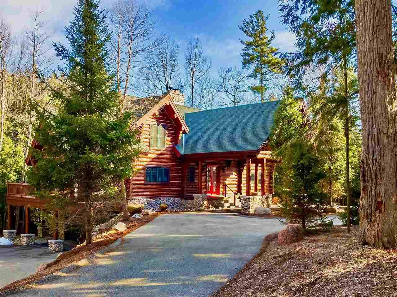 5735 Logging Trail, Harbor Springs, MI 49740