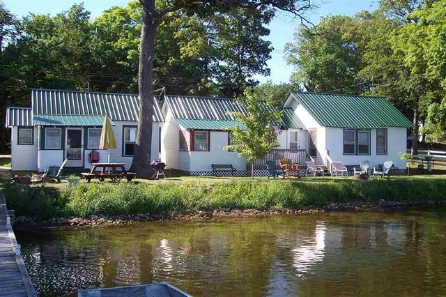 6540 Paradise Trail, Carp Lake, MI 49718