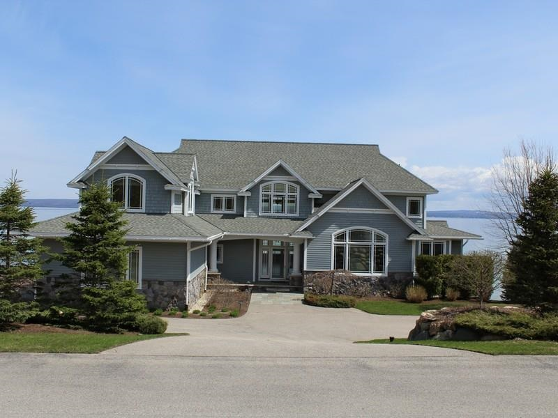 5162 Coastal Drive, Bay Harbor, MI 49770