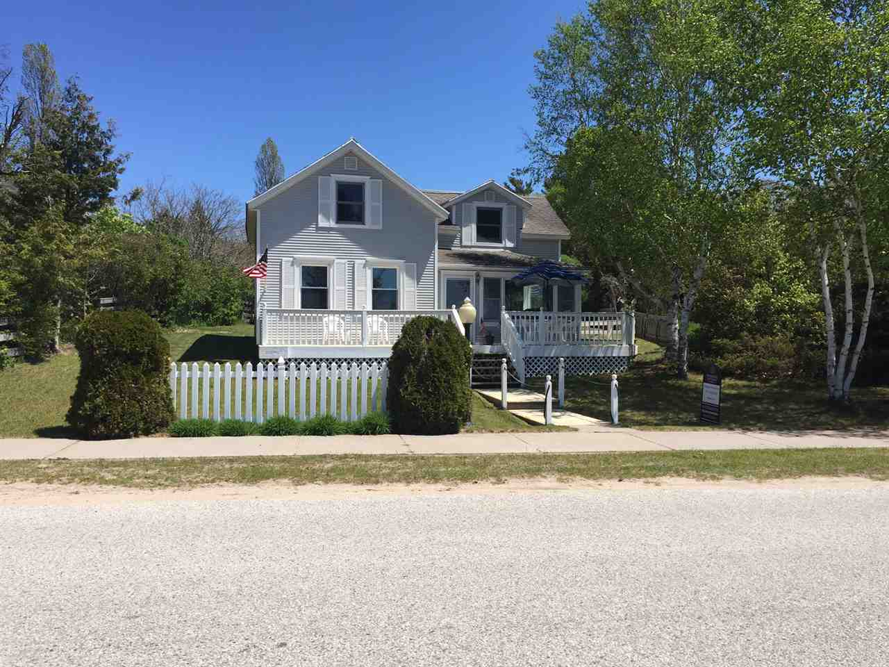 37960 Michigan Ave, Beaver Island, MI 49782