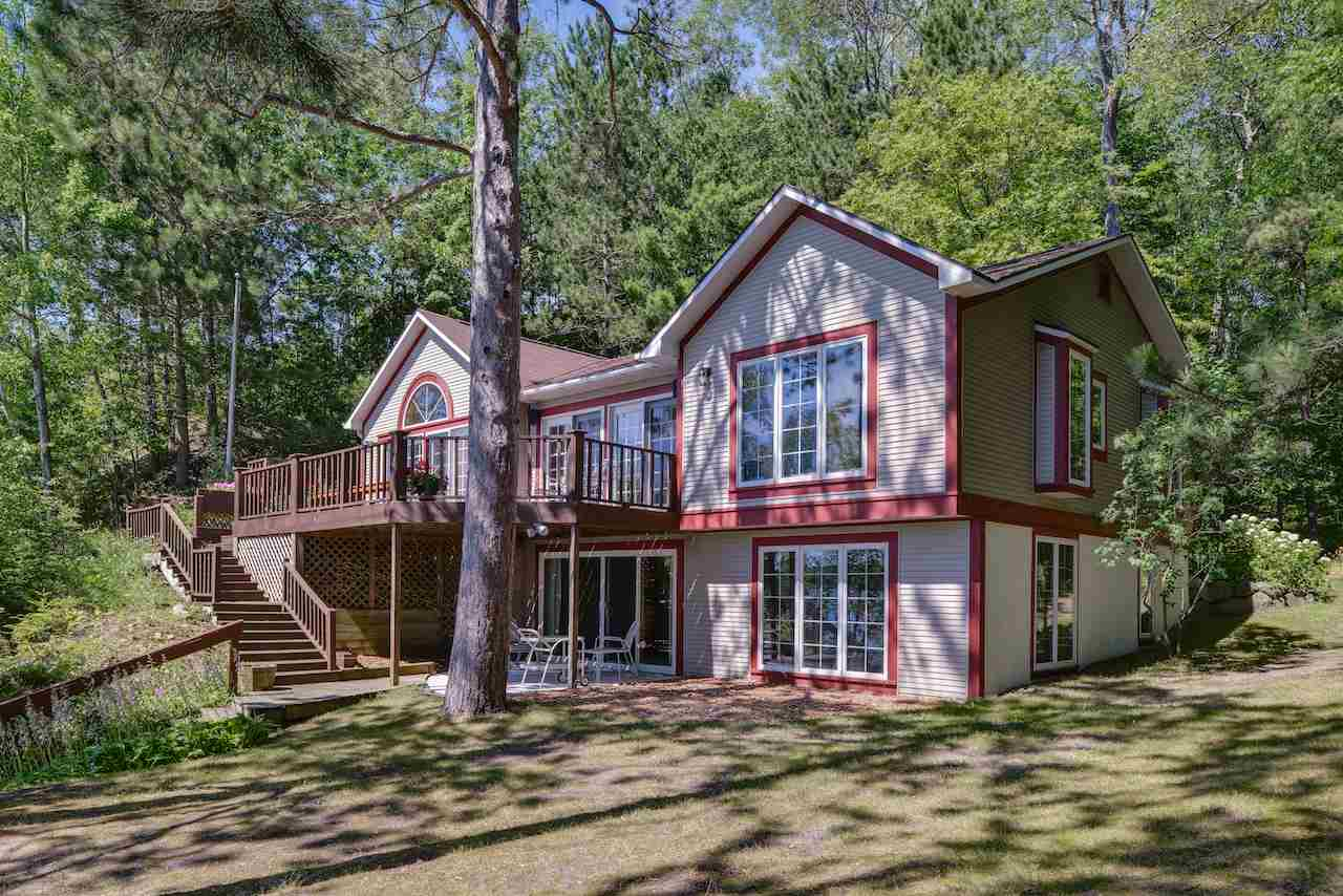 00920 North Shore Drive, Walloon Lake, MI 49796