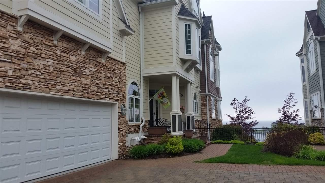 4032 Harborview Ridge, Bay Harbor, MI 49770