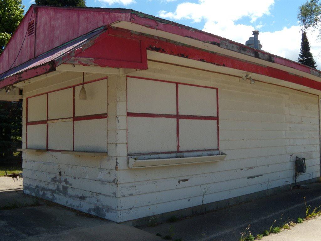 402 State, Boyne City, MI 49712