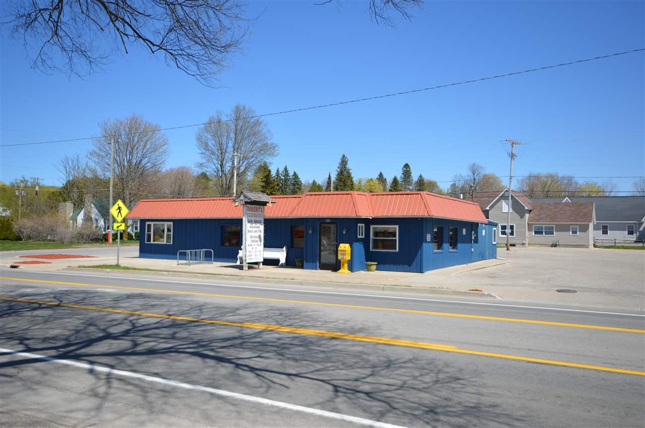 216 N Lake Street, Boyne City, MI 49712