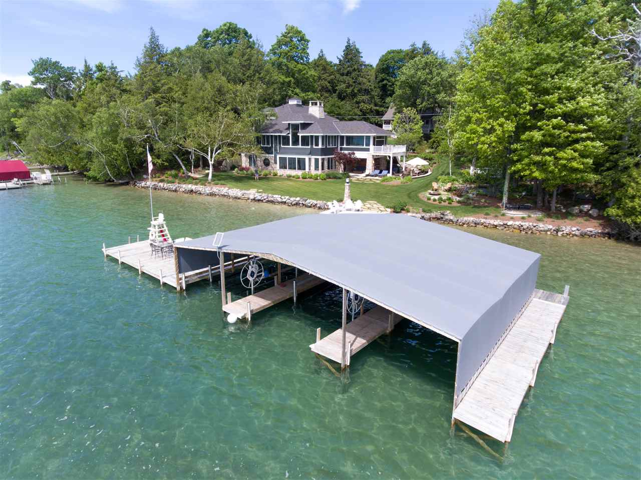5112 Lake Grove, Petoskey, MI 49770