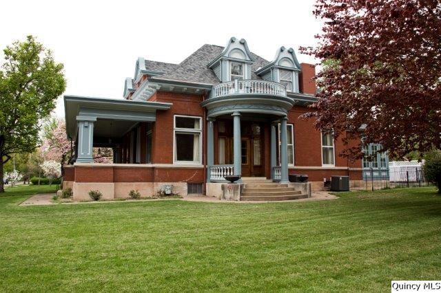 1803 Grove Avenue, Quincy