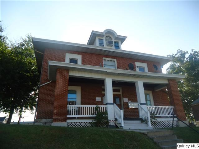 219 S 11th, Quincy