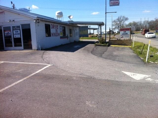 1076 North Broadway Highway 109