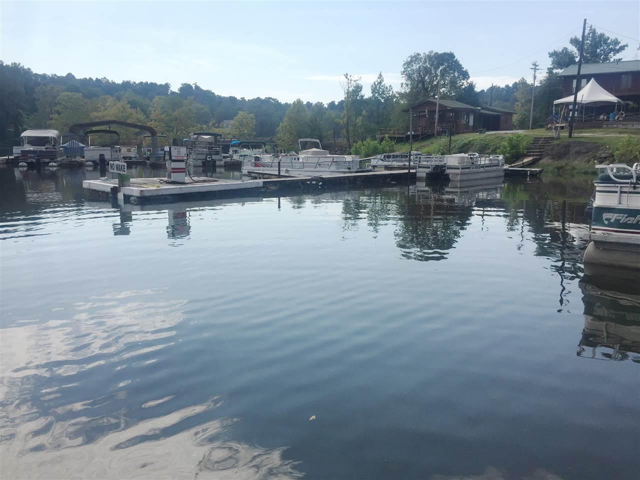 530 Lake Malone