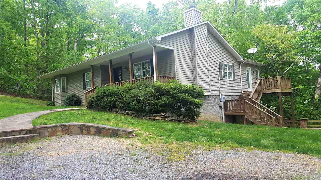 257 Lake Bluff Lane