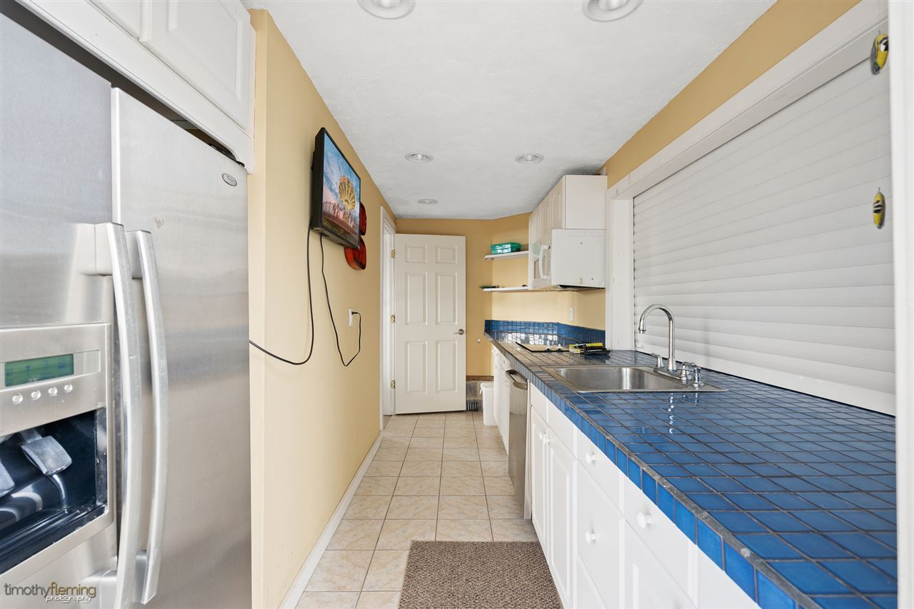 7698 Dune Drive - Picture 25