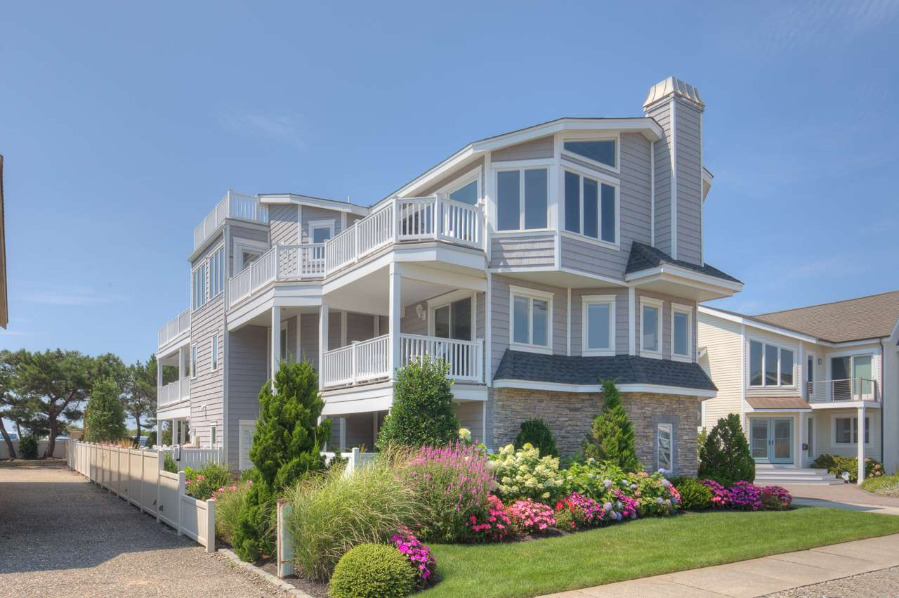 107 122nd Street, Stone Harbor