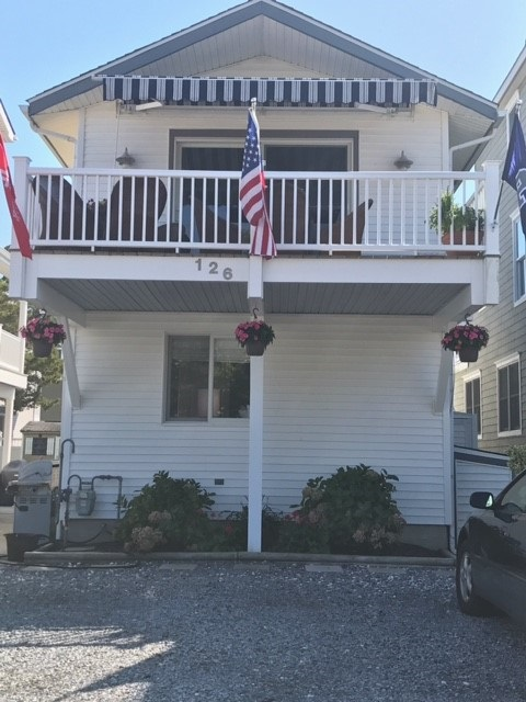126 N 88th Front Unit - Picture 1