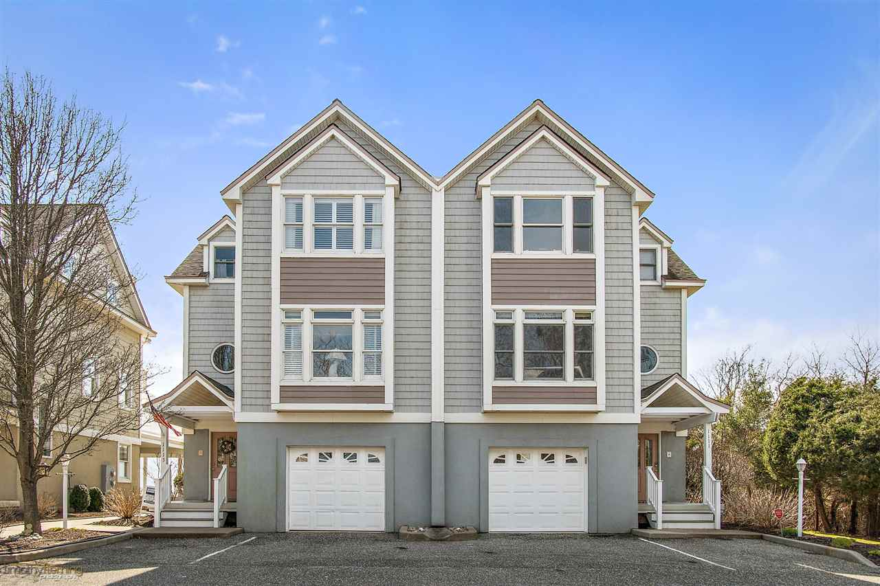 1113 Stone Harbor, Stone Harbor Manor