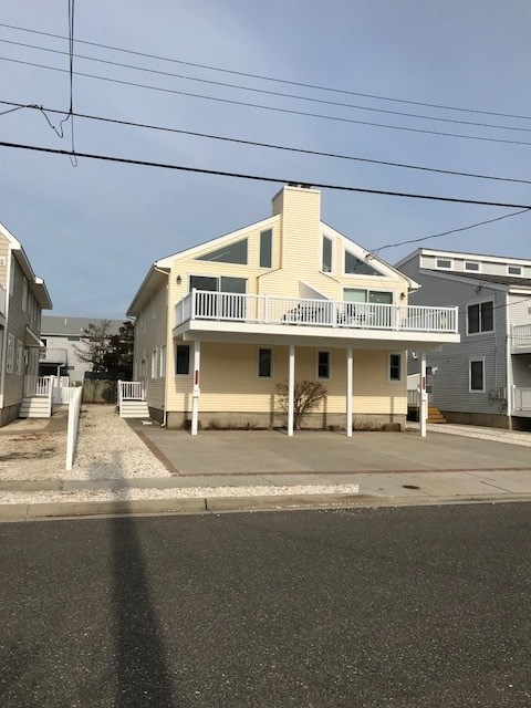 331 W 41st Street - Picture 1