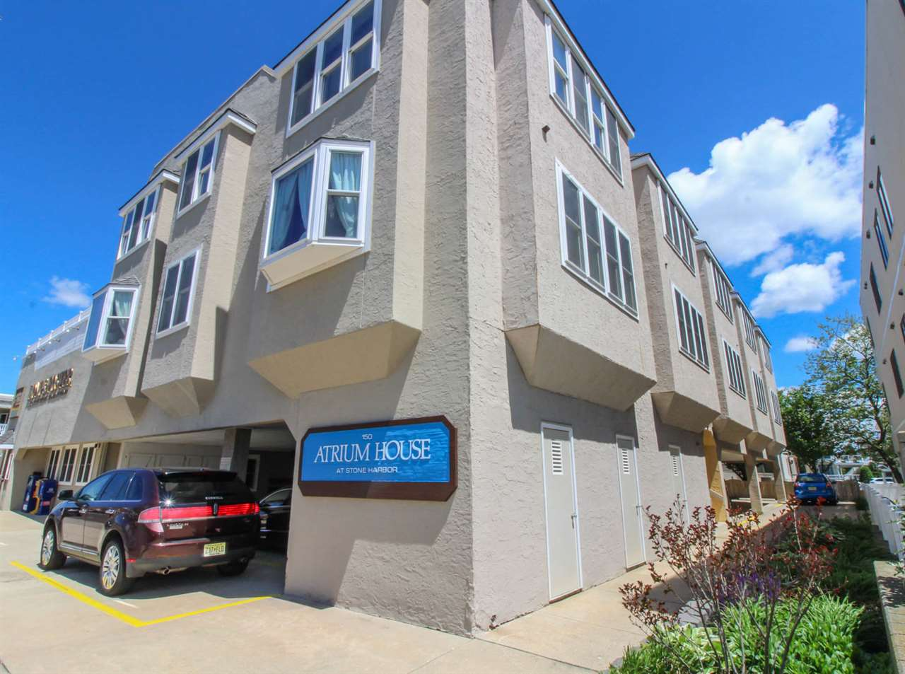 150, Unit 3 96th, Stone Harbor