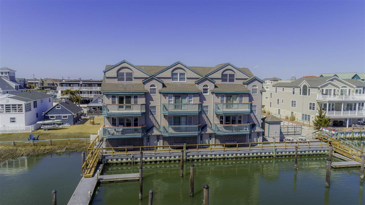 1520 Yacht Avenue - Cape May