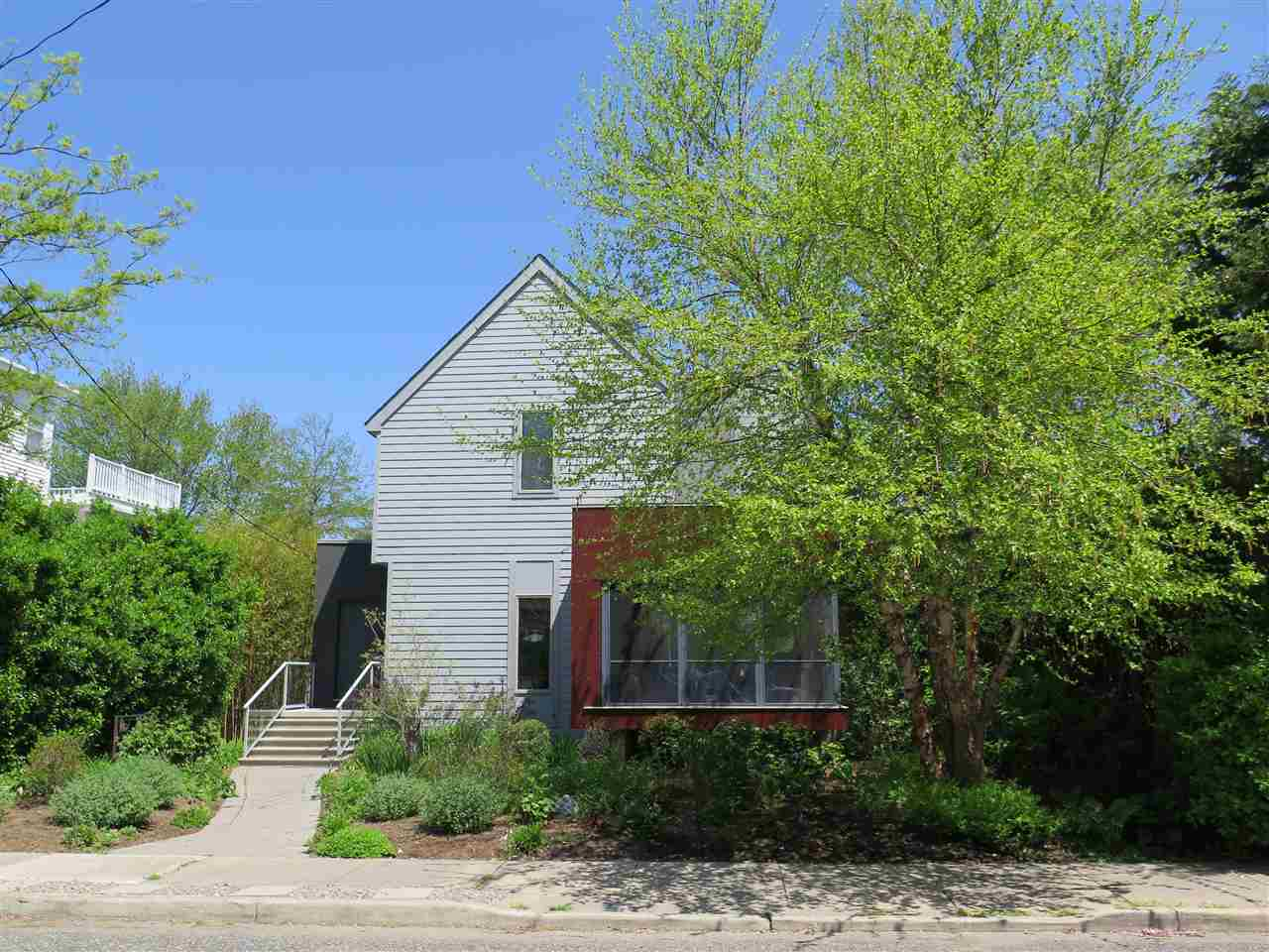 115 Fourth, West Cape May, NJ 08204